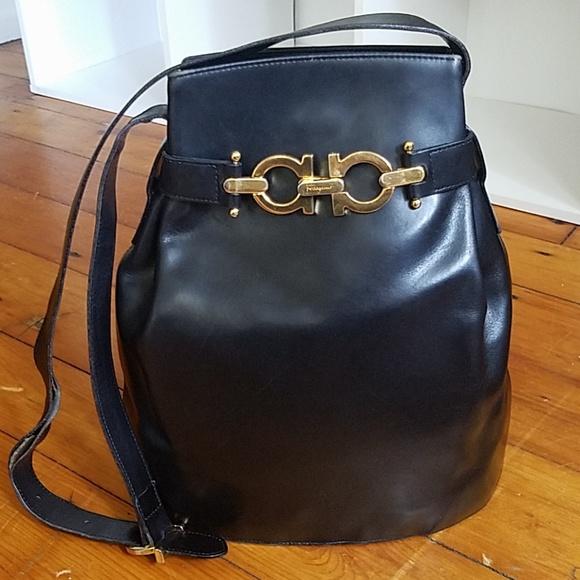 4761995c1760 Salvatore Ferragamo black leather bucket purse. M 5b463a707386bc9ba05865de